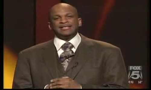 Kirk Franklin Salute To The Godfather Rev. Timothy Wright.flv