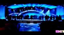 Kim Burrell sings Be Grateful by Bishop Walter Hawkins on Bobby Jones Gospel on BET!.flv