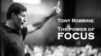 Tony Robbins Helps You Train Your Brain To Stay Focused.mp4