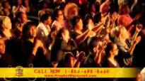 Prophet Manasseh Jordan - Begins Strong Worship in Los Angeles.flv
