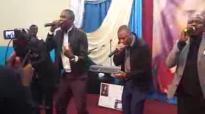 Michel Bakenda dans Sembola Loboko à Charlotte avec HP Mulaja.flv