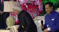 LoveWorld USA-Pastor Chris Oyakhilome and Pastor Benny Hinn.mp4