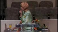 Dr.Dorinda Clark-Cole ( Intercessory Prayer ).flv