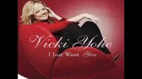 Nobody Knows Me Better - Vicki Yohe.flv