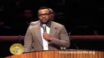 VaShawn Mitchell ministers through song at Mt. Zion Church Nashville
