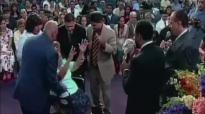 David E. Taylor - God Heals Cancer - Miracle Crusade Against Cancer (4).mp4