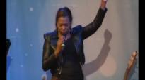 Isabelle Valdez-Toque de tu Gloria.mp4