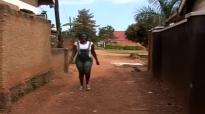 Borrow borrow never fits. Kansiime Anne.mp4