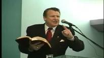 Max Solbrekken _What Is A Christian.flv