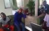 Michel Bakenda avec ATS à la maison.flv