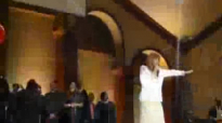 Dorinda Clark-Cole - Lord Bless this house (LIVE).flv