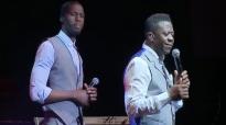 Benjamin Dube feat. Bonginkosi Motha - Its All Right.mp4