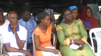 It take love to gather all these figures to worship God with the Prisoners in Lagos (1).mp4