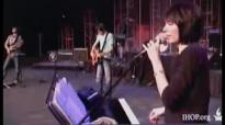 Misty Edwards - You won't relent (Live IHOP).flv