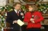 Pastor Kim Burrell sings ADESTES FIDELES.flv
