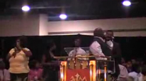 Kim Burrell- The Lord Will make a way.MOD.flv