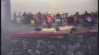 Franck Mulaja - Bon Berger Cinemax Live - Musique Gospel Congolaise.flv