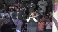 Tamela Mann-Lord's Prayer & shouting.flv