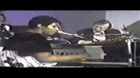 Aretha Franklin - Bridge Over Troubled Water (1).flv