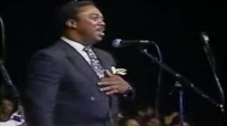 The Mississippi Mass Choir I'm Pressing On! (Plant My Feet On Higher Ground)!.flv