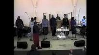 Bishop Walter Hawkins - I've Got A Feeling & Praise Break.flv
