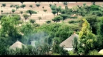 Eyoab Belihu New Amharic Mezmur-ያድናል ስምህ- 2014.mp4