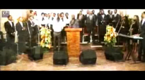 ATHOMS MBUMA ft. MIKE KALAMBAY - TU ES DIGNE (Nouveau Cantique).flv