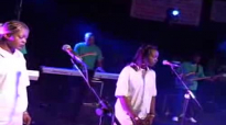 LOR Mbongo sing UMOYA AMI of Rebecca Malope www.horebmusic.co.uk.flv
