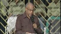 Facing The Giants (Part 4) Pastor John K. Jenkins Sr. (1 Samuel 17).flv