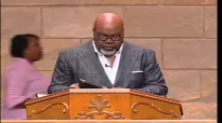 A special moment with Bishop Jakes and his son Dexter