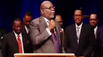 TD Jakes 2016 - Praise Break at COGIC 108th Holy Convocation.flv