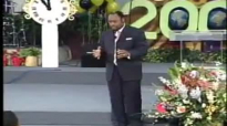 Dr  Myles Munroe - How to Face The Future with Fearless Confidence