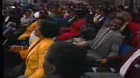 What A Fellowship - Rev. Clay Evans & the AARC Mass Choir.flv