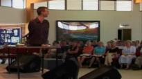 Nick Vujicic's Inspirational Talk-Life Without Limbs 4 of 4.flv