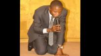 Michel Bakenda dans Na wangani bolamu na yo te.flv