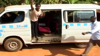 Kansiime Anne the taxi conductor.mp4