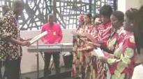 Alléluia Nkembo • Chorale Africaine de la Sainte Famille • Zurich • Communion • 2010.flv