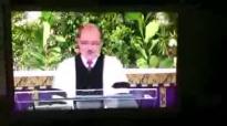 Pastor Volkhard Spitzer Der Mann in der Grube.flv