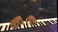 He Can Fix What Is Broke - Mississippi Mass Choir.flv