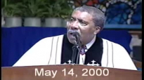 Rev. Clay Evans-FELLOWSHIP Choir, Shirley Bell Sings 'All My HELP.flv