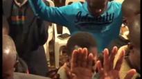 Bishop Nqwazi sithembele kuwe Moyoyingcwele.flv