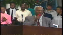 Thank You Lord - Rev. Clay Evans & the AARC Mass Choir.flv