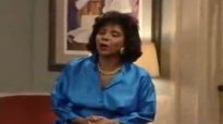 Funny little girl Olivia sings I'm a woman - The Cosby Show.3gp