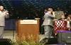 KARINDA Clark & Kim Burrell in The Williams Brothers mic toss.flv