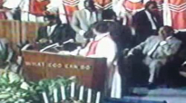 Reverend Clay Evans and Fellowship Choir_Joy will come in the morning_Debra Cummings.flv
