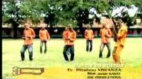 Pitshou Muanza dans Elombe na etumba.flv