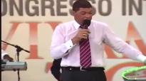 Apstolo Valdemiro Santiago na Assemblia de Deus Congresso Internacional Avivamento Total