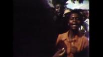 Robert Mugabe's 1980 victory in Zimbabwe - Newsnight Archives (1980).mp4