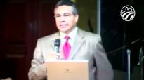 Pastor Chuy Olivares - Introducción al libro de los salmos.compressed.mp4