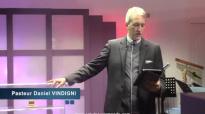 Daniel Vindigni - Que faire pour entretenir le Saint-Esprit en nous.mp4